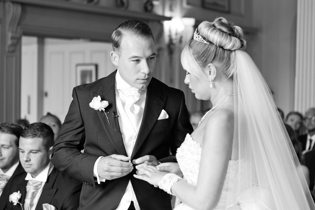 Wedding Photographers in Rochford -  The Lawn wedding photographer 5
