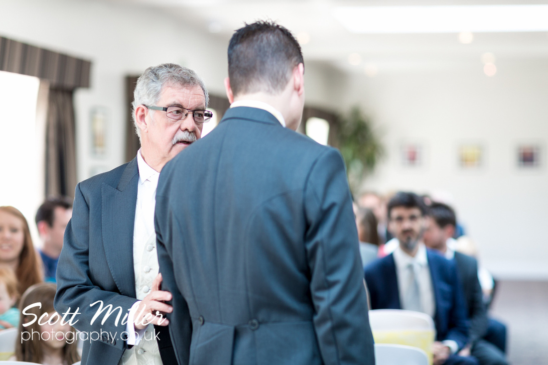 Prested Hall wedding photographers Colchester 006