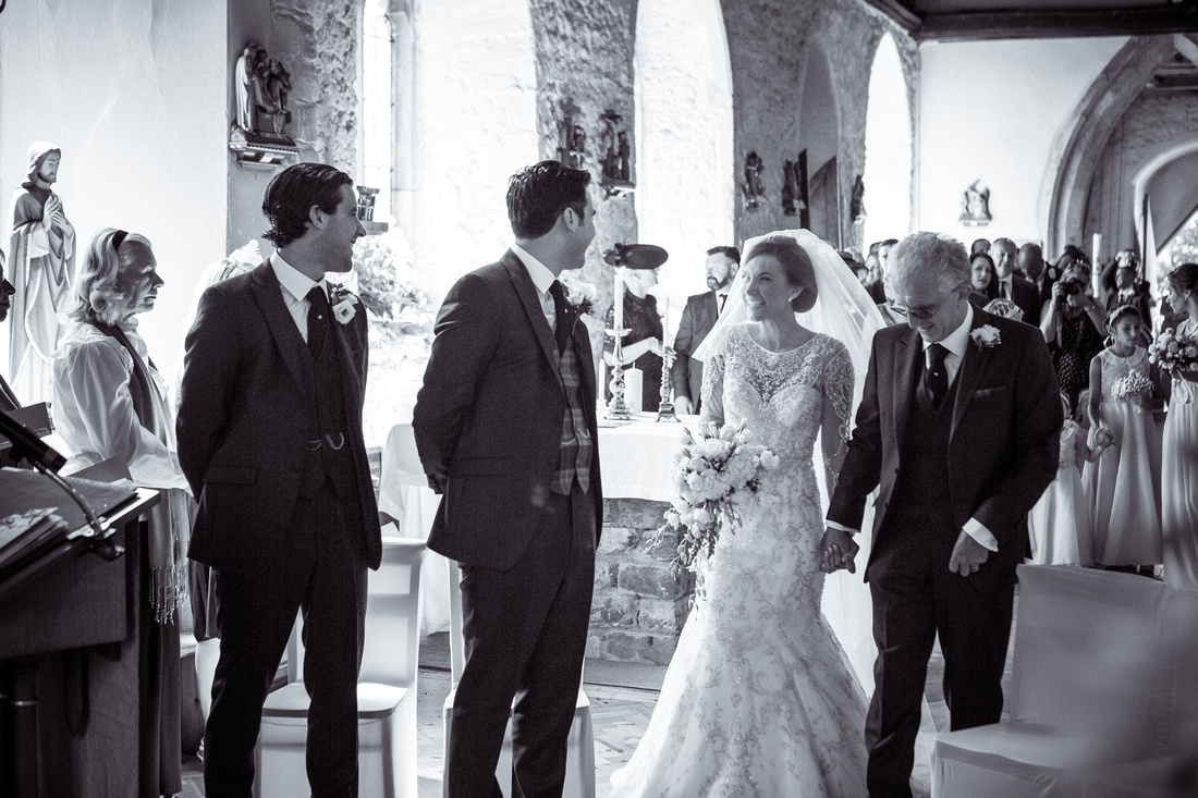 Wedding photography Hockley | St peter and Paul church in Essex.