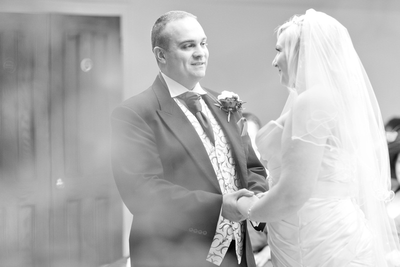 Rayleigh club wedding venue 09-2014 378-Edit