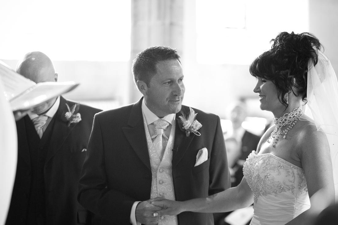 St Clements church wedding photographer - Leigh on sea.