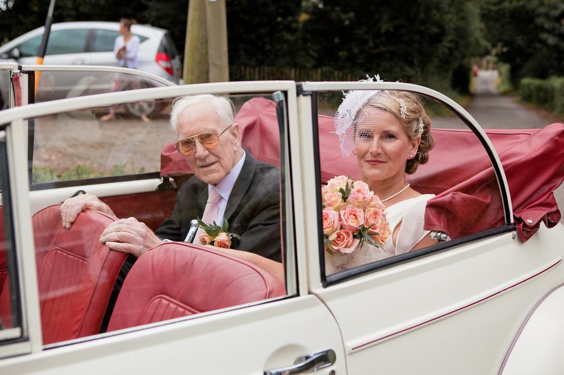 Wedding Photographer Ashingdon - St Andrew's church Ashingdon Essex