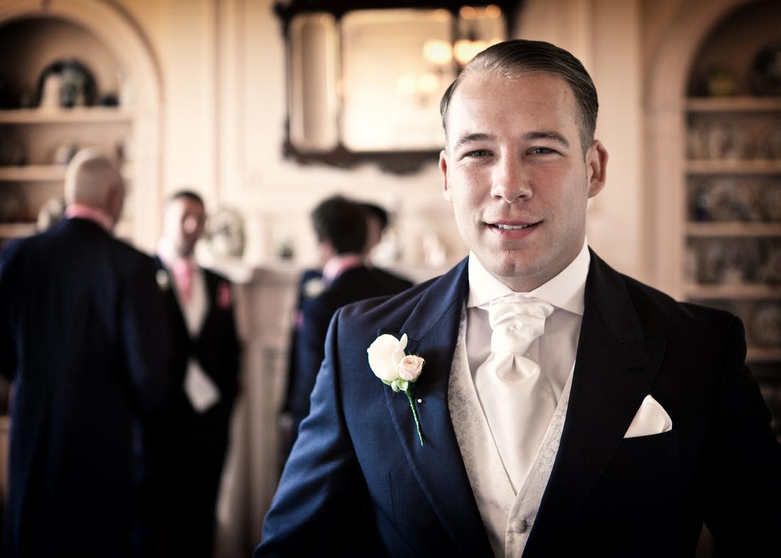 Wedding Photographers in Rochford -  The Lawn wedding photographer 3