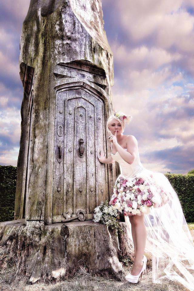 KENTWELL HALL WEDDING ZOE-RYAN 7-13 623-Edit