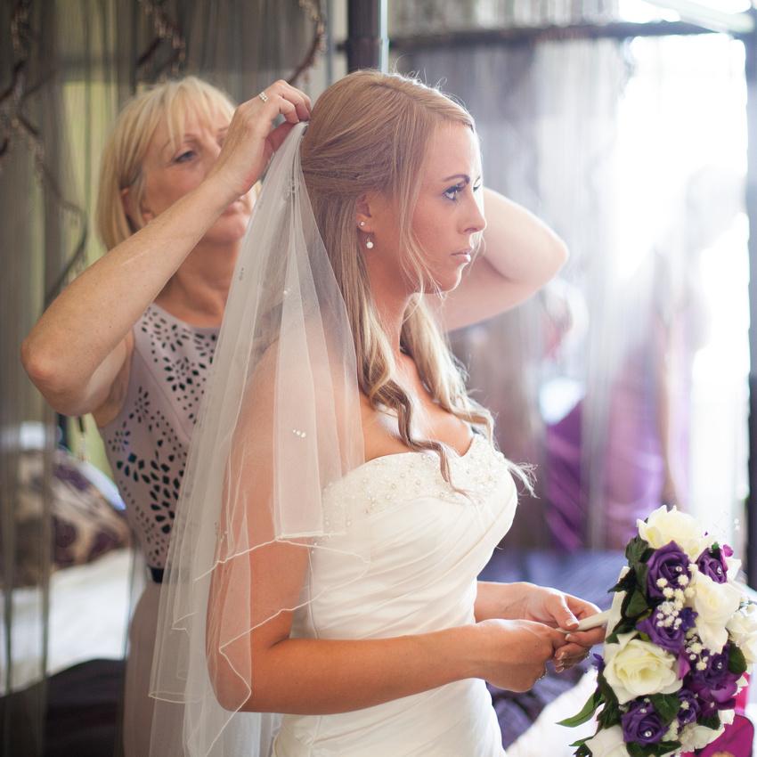 Reportage wedding photographer Southend