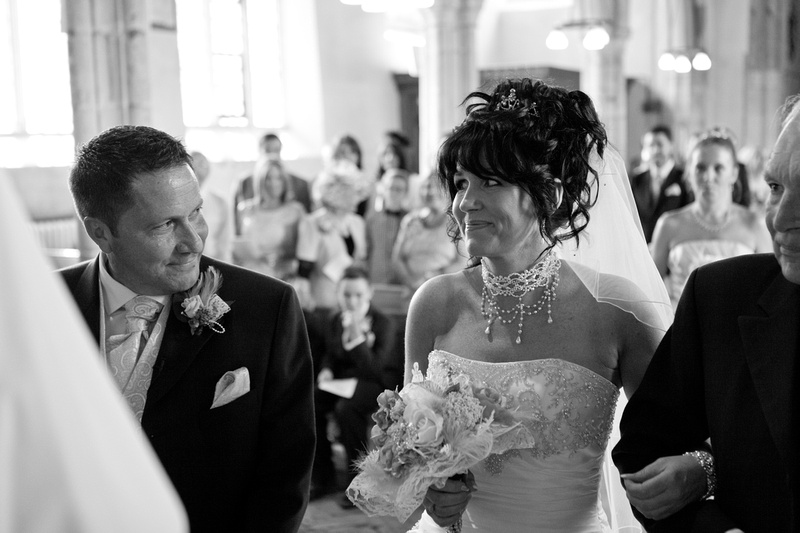 Leigh on sea wedding photographer - St Clements church Leigh on sea